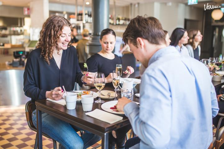 Dating convo förrätter Online Dating fakta och siffror